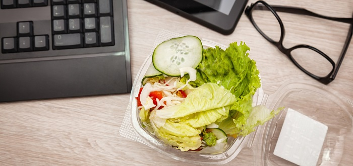 4 tips for healthy eating in the workplace