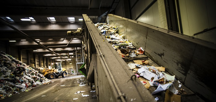 Preventing and controlling health risks in the waste industry